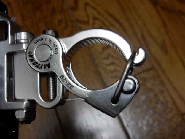 写真: DSCN0222 金属製クランプ