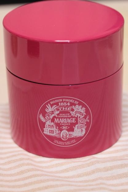MARIAGE FRERES Sweetheart Tea Heart-Shaped Crafted White Tea 缶