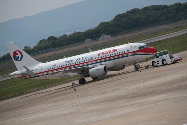 174 5月2日 長崎県 長崎空港 展望デッキ 中国東方航空 A319 B-6460