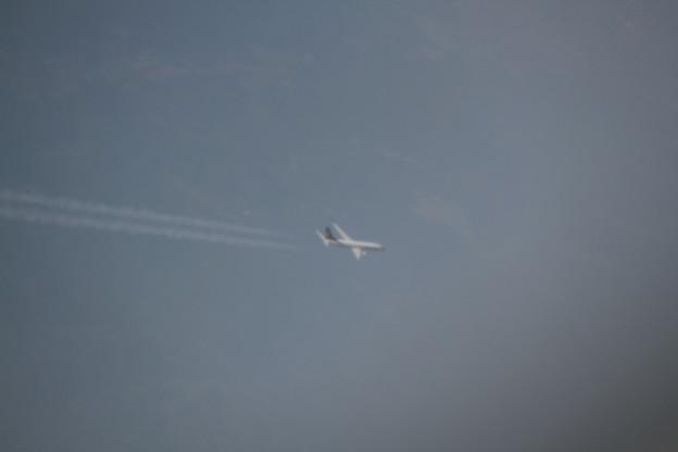 190 5月2日 羽田行搭乗便窓から JAL B767 JA655J