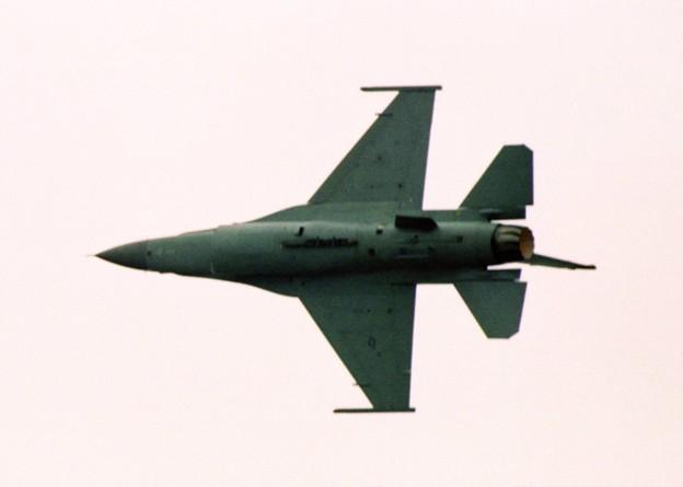 203FDF16Cデモ-3