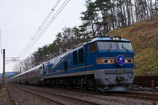 8010レ 寝台特急カシオペア EF510-512+E26系