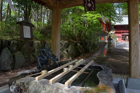 東口本宮浅間神社・手水舎