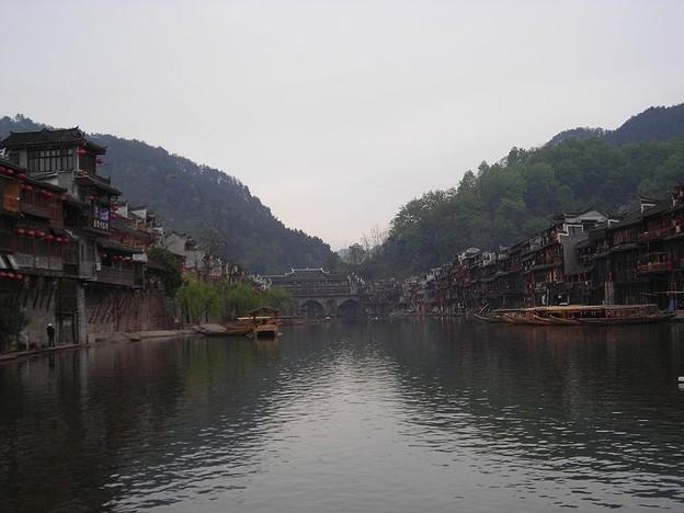 湖南 鳳凰の景色と大雨で洪水 (2)