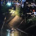 Photos: 湖南 水没した幼稚園の車  (3)