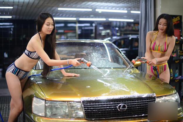 ビキニ小姐が洗車by太原(山西省) 懲りない方々(笑) (9)