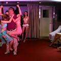 Photos: THEバブル イベント後は水着ネエチャンはべらせてドンちゃん騒ぎ (8)