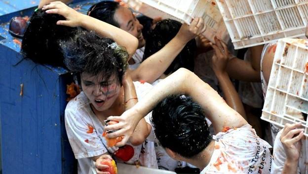 やっぱりパクリだよな、このトマト祭り(笑)by瀋陽 (2)