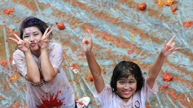 やっぱりパクリだよな、このトマト祭り(笑)by瀋陽 (4)