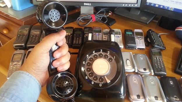 黒電話もあります。