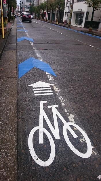 宮崎市、新たに中心市街地に自転車レーンを整備中4