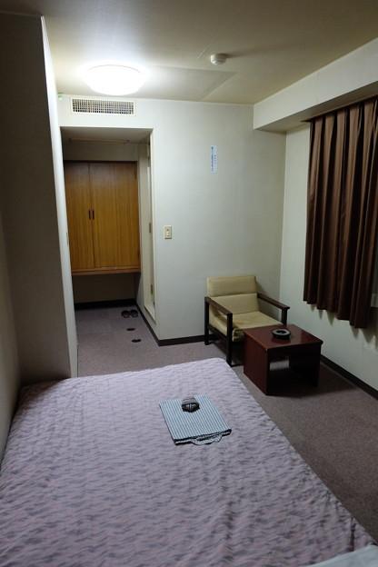 ビジネスホテル 室内