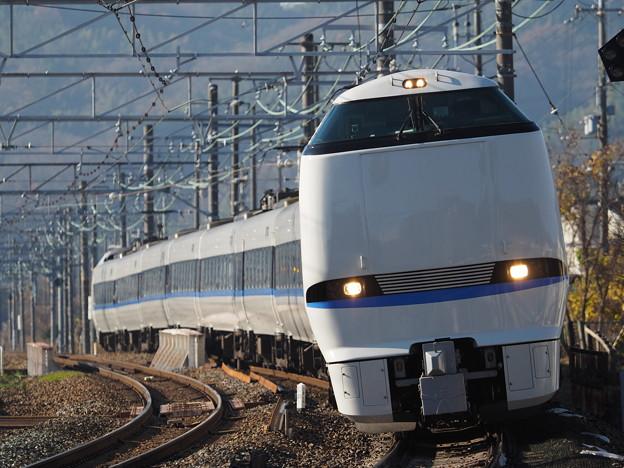 Photos: 山崎 683系新塗装