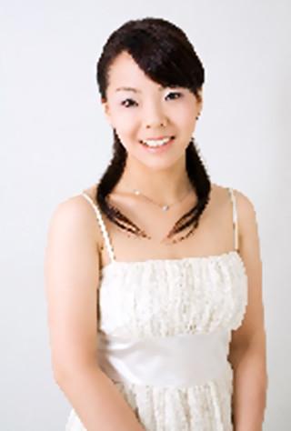 三又瑛子 みまたあきこ ピアノ奏者 ピアニスト        Akiko Mimata