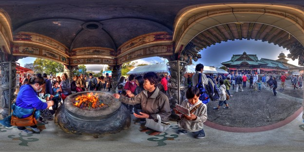 Photos: 「毘沙門天大祭の日」 富士市吉原 香久山妙法寺 360度パノラマ写真(2) HDR