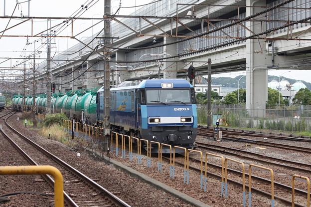 8760レ EH200-9牽引 (3)