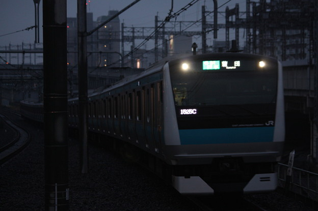京浜東北線 E233系1000番台ウラ176編成