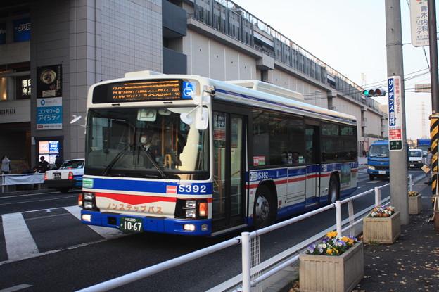 川崎鶴見臨港バス IS392号車