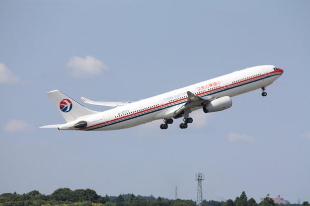 中国東方航空 エアバスA330-300 B-6507