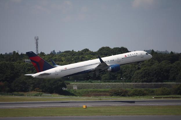 デルタ航空 ボーイング757-200 N536US (2)
