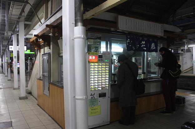 長野駅在来線ホーム立ち食いうどん・そば
