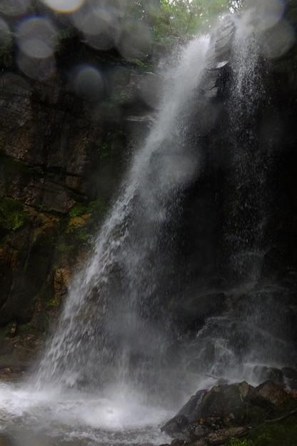 小野大瀑布