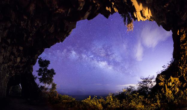 写真: 蘇花公路隧道銀河