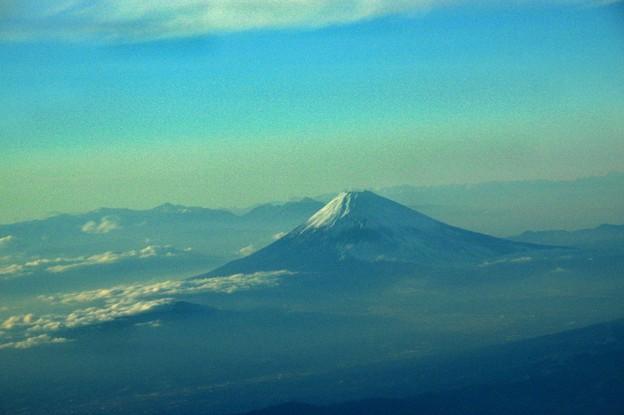 写真00749 高度が下がって周りの山が