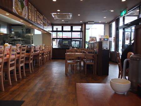 日の出ラーメン 長野本店 店内の様子