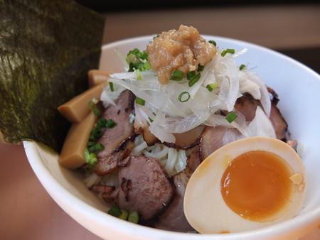 GOGO宝来軒 上越ツケル肉中華ソバ 麺器アップ