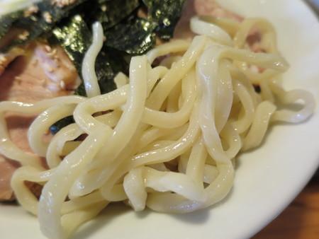 にぼし醤油らーめん 神楽屋 濃厚魚介チャーシューつけ麺(2玉) 麺の様子