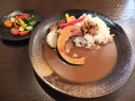 地もの屋 響(YURA) 小布施蔵カレー(白御飯)¥900