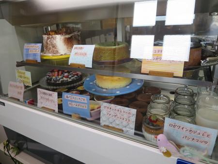 Sucre(シュクレ) デザートショーケース