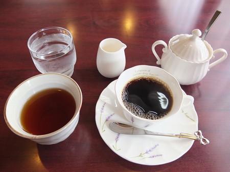 チャイナハウス シルクロード 東坡肉定食 コーヒー&ウーロン茶