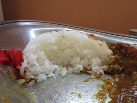 石臼挽き手打ち蕎麦 慶 特製あつぎりカツカレー ご飯断面図