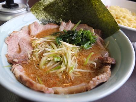 ラーメンショップ 福橋店 ネギチャーシューつけ麺 並盛 スープ器アップ