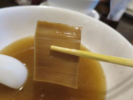 龍馬軒 塩煮干し中華ちゃーしゅーめん メンマアップ