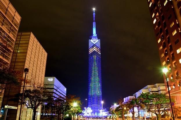 福岡タワークリスマスヴァージョン