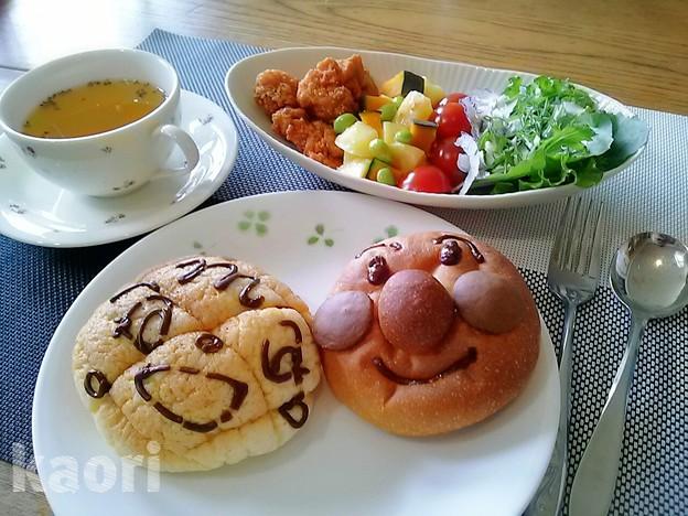 アンパンマン コンソメスープ 朝食