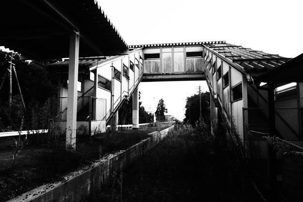 陸前階上駅 白黒撮影