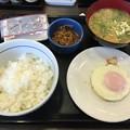 写真: 目玉焼き朝食