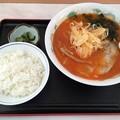 写真: 砂川SA 辛味噌ラーメン+ライス