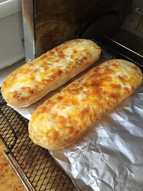 チーズフランス焼きあがり・アップ