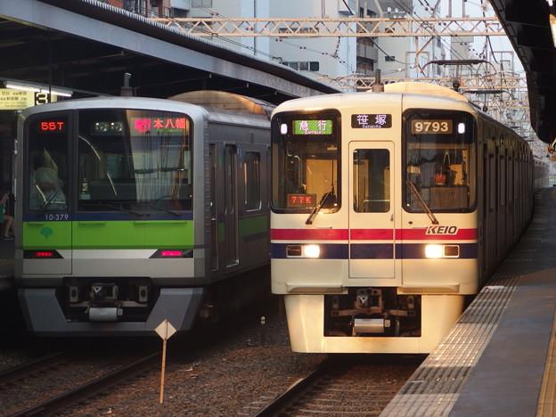 京王線笹塚駅 55T急行と77K急行の並び