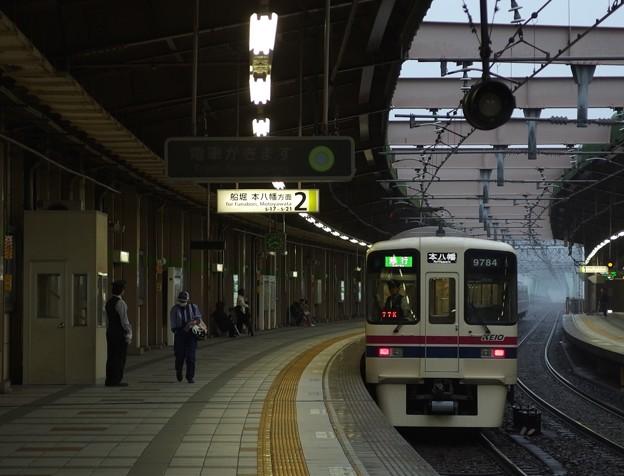 都営新宿線東大島駅2番線 京王9034急行本八幡行き後方確認