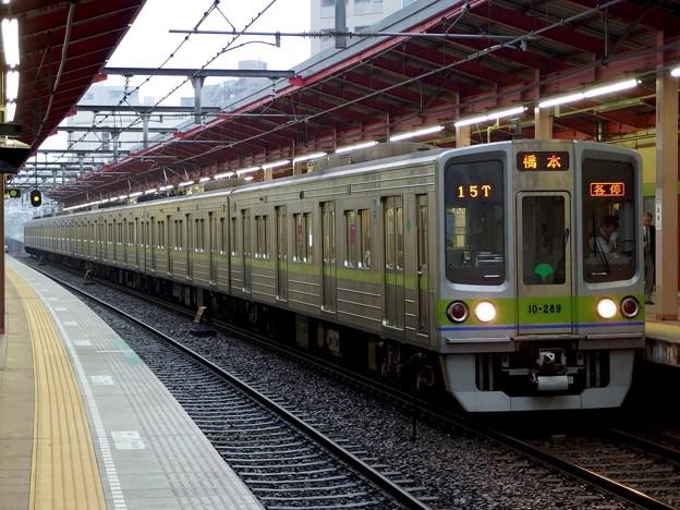 都営新宿線船堀駅1番線 都営10-280F各停橋本行き