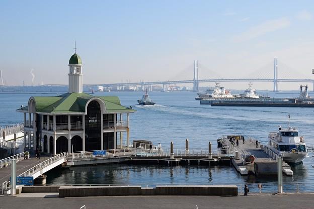 昼のぷかり桟橋