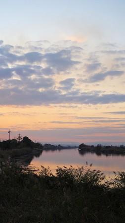 晩秋の倉敷川夕景