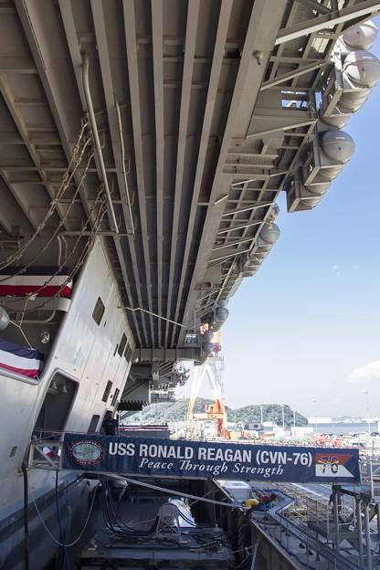 Photos: 航空母艦「ロナルド・レーガン」1