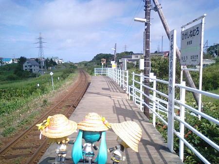 レン:「もうここから東側に、駅はないんだな……」 ミク:「雰囲気と...